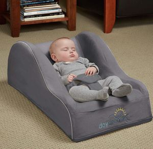 Baby Inclined Sleeper for Sale in Tacoma, WA