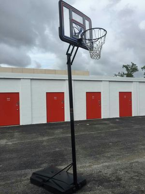 Basketball Hoop for Sale in Sunrise, FL