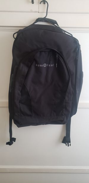 New Aqua Lung Traveler Fin Bag/Backpack for Sale in San Diego, CA