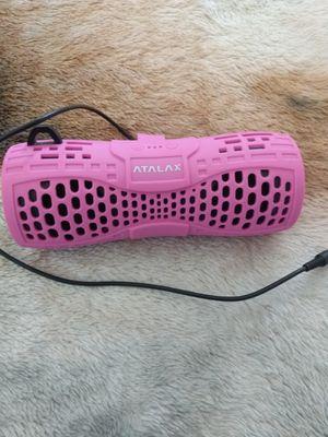 Una bocina para escuchar música for Sale in Stockton, CA