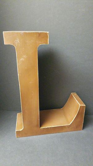 """Decor piece Letter """"L"""" metal for Sale in Centralia, WA"""