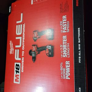 NEW M18 FUEL Combo Kit With (2) 5ah Batteries And Charger for Sale in Wayne, NJ