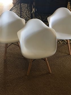 Children Chairs Set Of 3 for Sale in Fresno,  CA