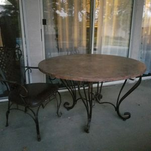 Marble table top/very sturdy for Sale in Bakersfield, CA