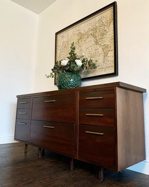 Gorgeous Vintage Danish Mid Century Modern Entryway/Media/Buffet/File Cabinet/Sofa Table/Console in Superb Condition!!! 65X30X19 for Sale in Mountain View, CA