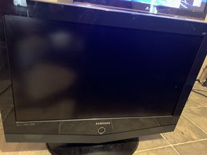 32 in flat screen Samsung for Sale in Taft, TX