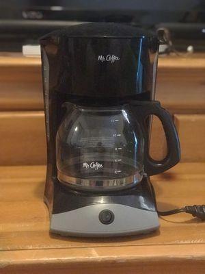 Mr. Coffee Simple Brew 12 Cups Coffee Maker, Black for Sale in Burbank, CA