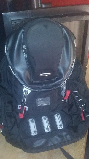 Oakley backpack for Sale in Phoenix, AZ