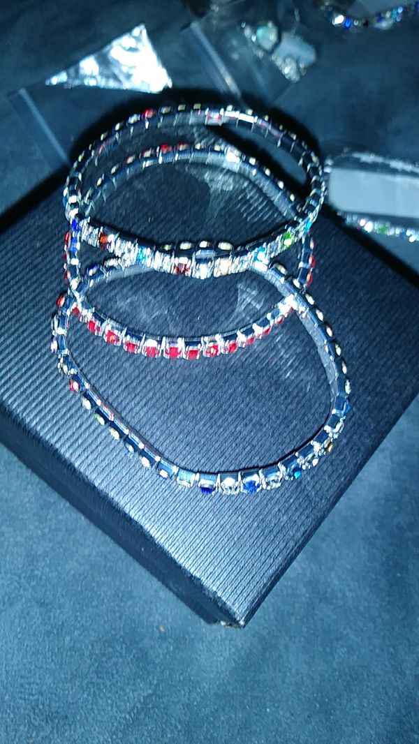 ASSORTED Crystal s braclets