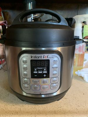 3 qt instant pot for Sale in Fort Worth, TX