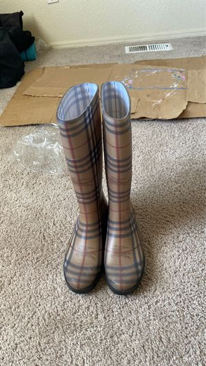 BURBERRY RAIN BOOTS for Sale in Anchorage, AK