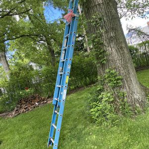 Ladder 20ft for Sale in Cleveland, OH