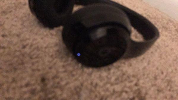 Beats Solo 3 Headphones Wireless