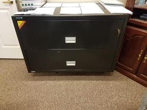 Fire proof file cabinet/safe for Sale in Cedar Park, TX