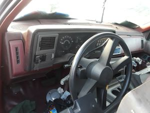 91 GMC Sierra Silverado dashboard for Sale in Los Angeles, CA
