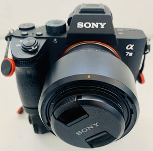 Sony a7iii with battery grip and 50mm lens for Sale in Hayward, CA