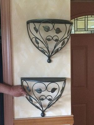2 wall shelves for Sale in Park Ridge, IL