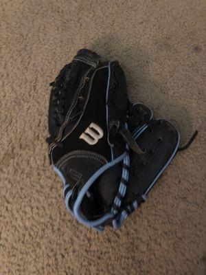 Wilson softball glove for Sale in Modesto, CA