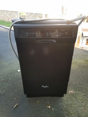 Dishwasher 18 inch. Whirpool for Sale in Scotch Plains, NJ