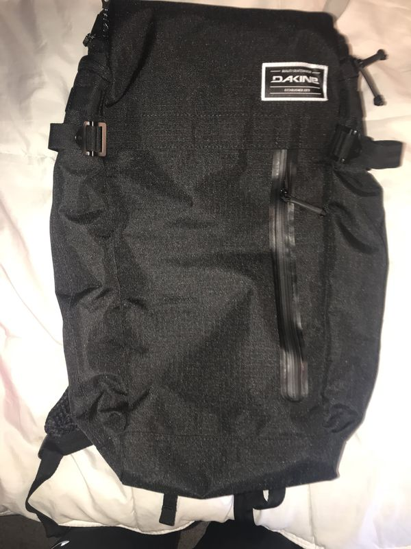 Dakine Day Pack Brand New