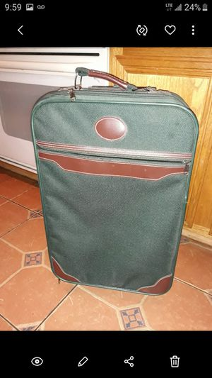 Suitcase for carry on airline still ok to used for Sale in Winchester, CA