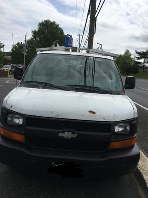 2005 Chevy Express G1500 2WD 6 Cylinder Cargo Van for Sale in Laurel, MD