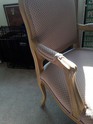 Desk and chair for Sale in Chevy Chase, MD
