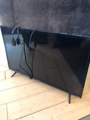 """TCL 32"""" flatscreen with amazon fire stick for Sale in Peoria, AZ"""