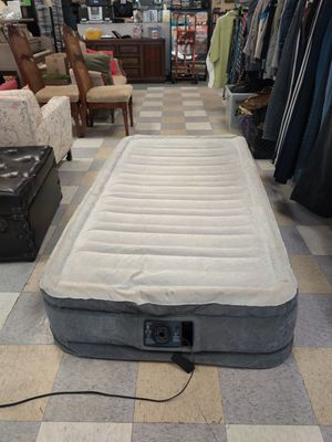 Intex Fast fill air mattress -twin for Sale in Poway, CA