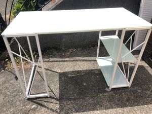 White Metal Desk for Sale in Vashon, WA