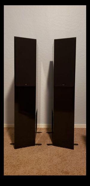 SPEAKERS NHT 2.5 BEAUTIFUL PIANO GLOSS FINISH HIGH END MADE IN USA for Sale in Maricopa, AZ