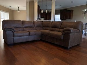5 cushion sectional brown couch for Sale in Mobile, AL