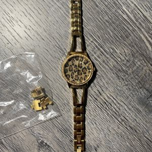 Women's guess Watch for Sale in San Jacinto, CA