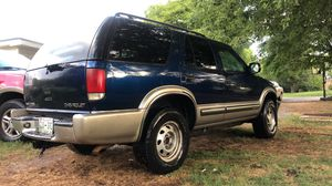 2000 Chevy Blazer 4x4. Great Truck. Leather for Sale in Arrington, TN