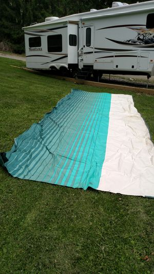 24' long fabric for carefree manual awning, 24' long by 8' wide. Brand New,never been used for Sale in Acme, PA