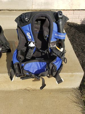 Scubapro LADYHAWK BCD, Size Medium, Weight Integrated Scuba Dive BC Compensator for Sale in Inwood, WV
