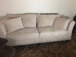 Couch for Sale in Turlock, CA