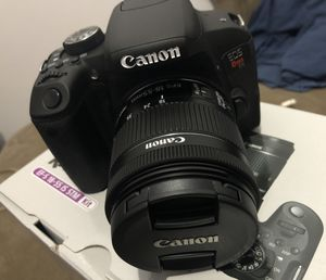 Canon EOS Rebel T7i with EF-S 18-55mm IS STM Lens for Sale in New York, NY