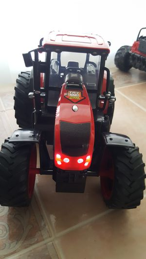Red farm tractor lights and sounds for Sale in Homestead, FL