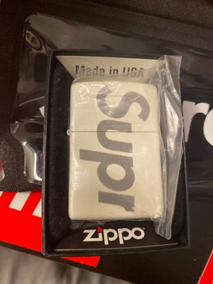 Supreme zippo lighter for Sale in Bell Gardens, CA