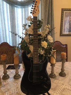 The chief electric guitar for Sale in Bell Gardens, CA