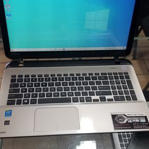 Toshiba Touchscreen Laptop for Sale in Arlington, TX