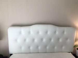 White Tufted Headboard for Sale in Burbank, CA