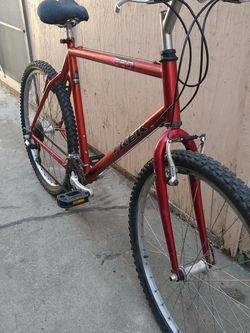 Mountain Bike for Sale in Whittier,  CA