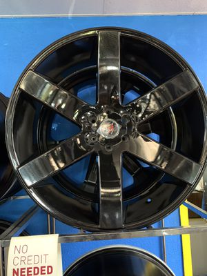 26s gloss black with tires 6lug for Sale in Dallas, TX