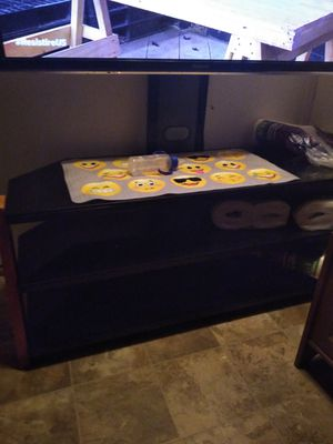 TV stand for Sale in Bell Gardens, CA