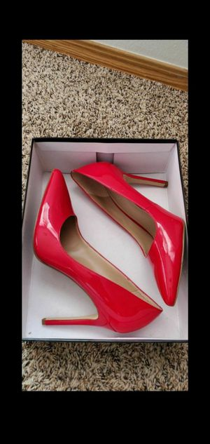 BCBG collection red heels. Size 8 for Sale in Vancouver, WA