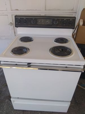 Refrigerator and electric stove all working perfect condition and two mount warranty$250 for Sale in Boca Raton, FL