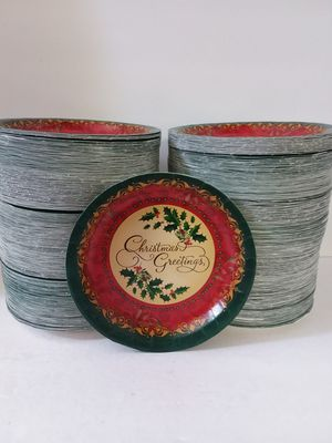 """1000 Christmas Greetings 7"""" Dessert Plates Red & Green Holly Round Paper Plates 4 Parties, Events for Sale in Jacksonville, FL"""