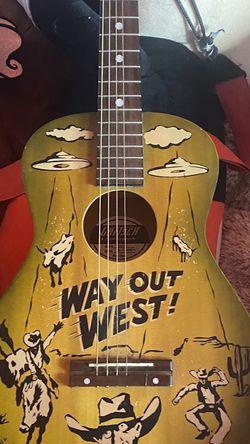 Guitarra for Sale in Yakima,  WA